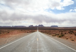 Moab to Tuba city (Canyonlands, Monument valley)